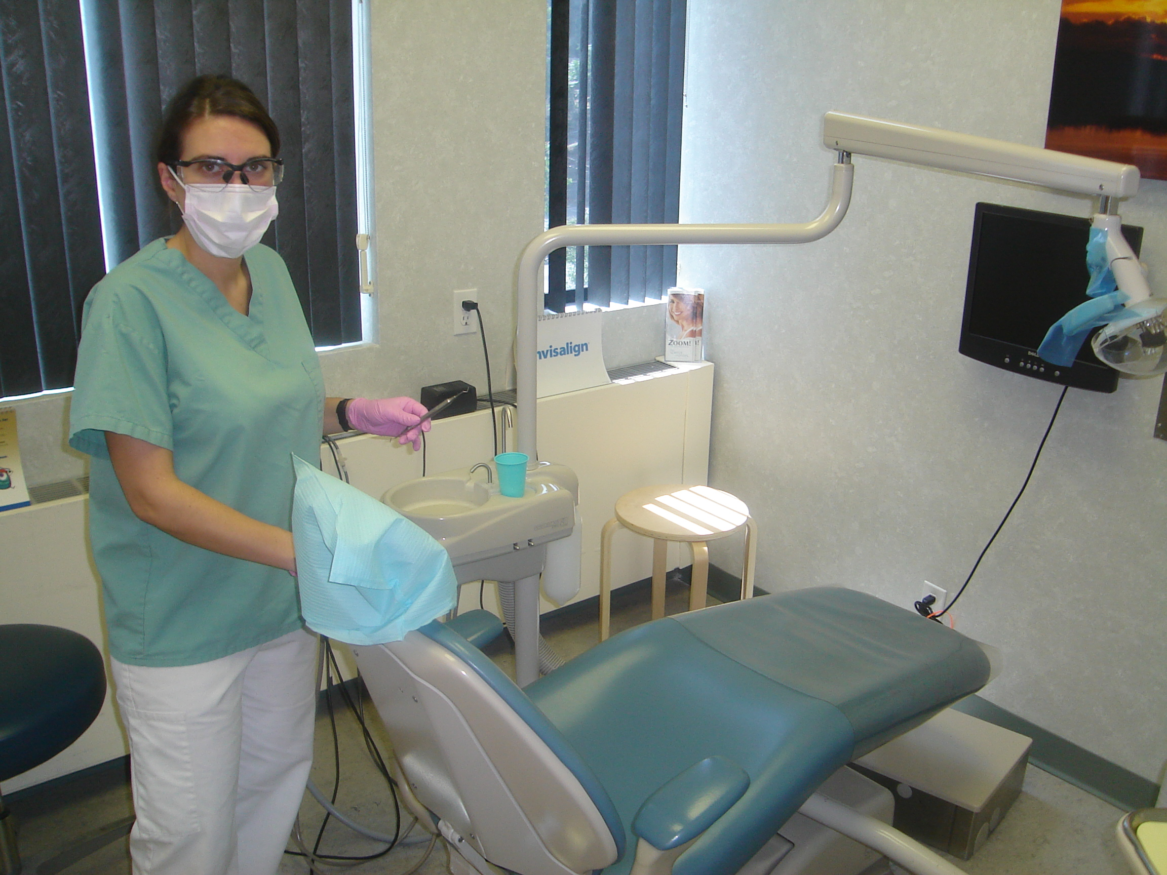 What do Dental Hygienists Do? Dental_hygienist Dental hygienists ...